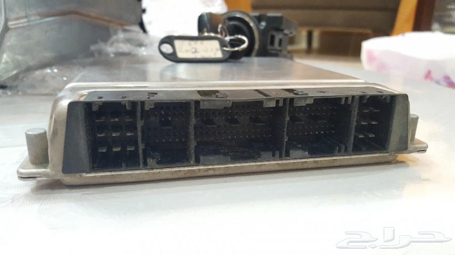 كمبيوتر سنت لوك تشغيل مع المفتاح مرسيدس