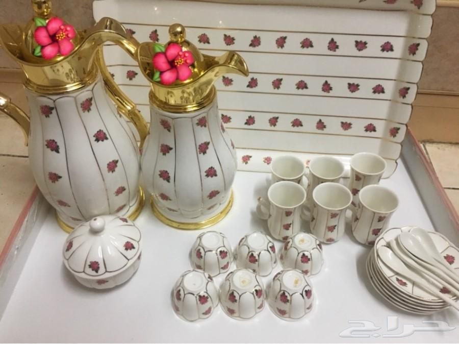 طقم قهوه و شاي (مورده) استخدام مرتين فقط