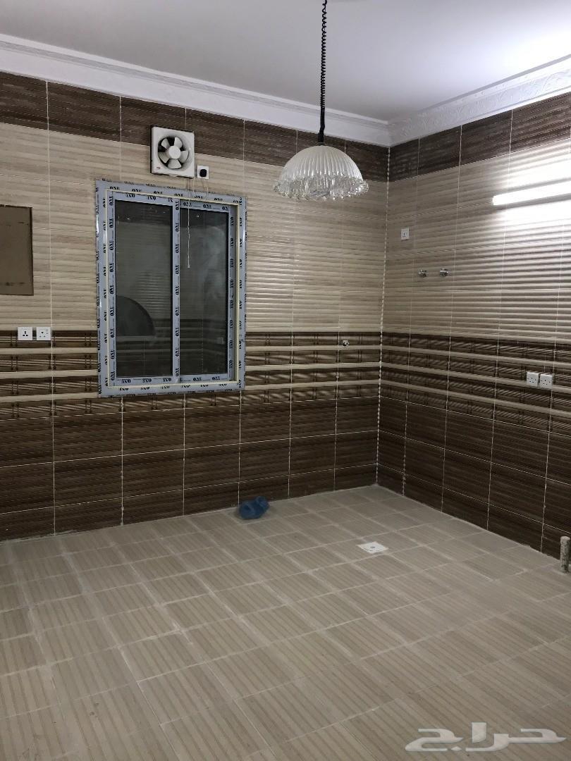 شقة 6 غرف تشطيب ذوق الف قابل التفاوض