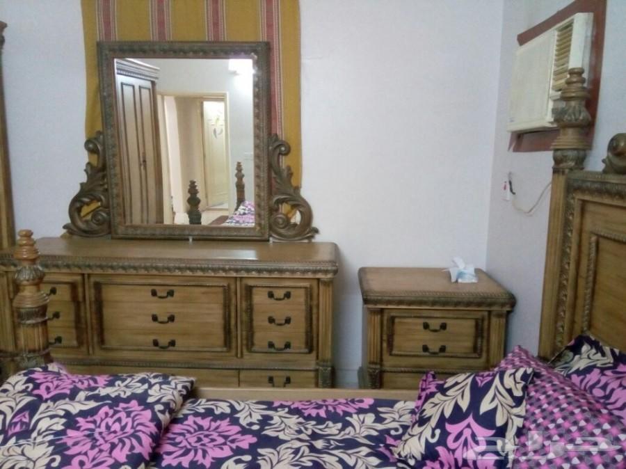 أثاث غرفة نوم للبيع