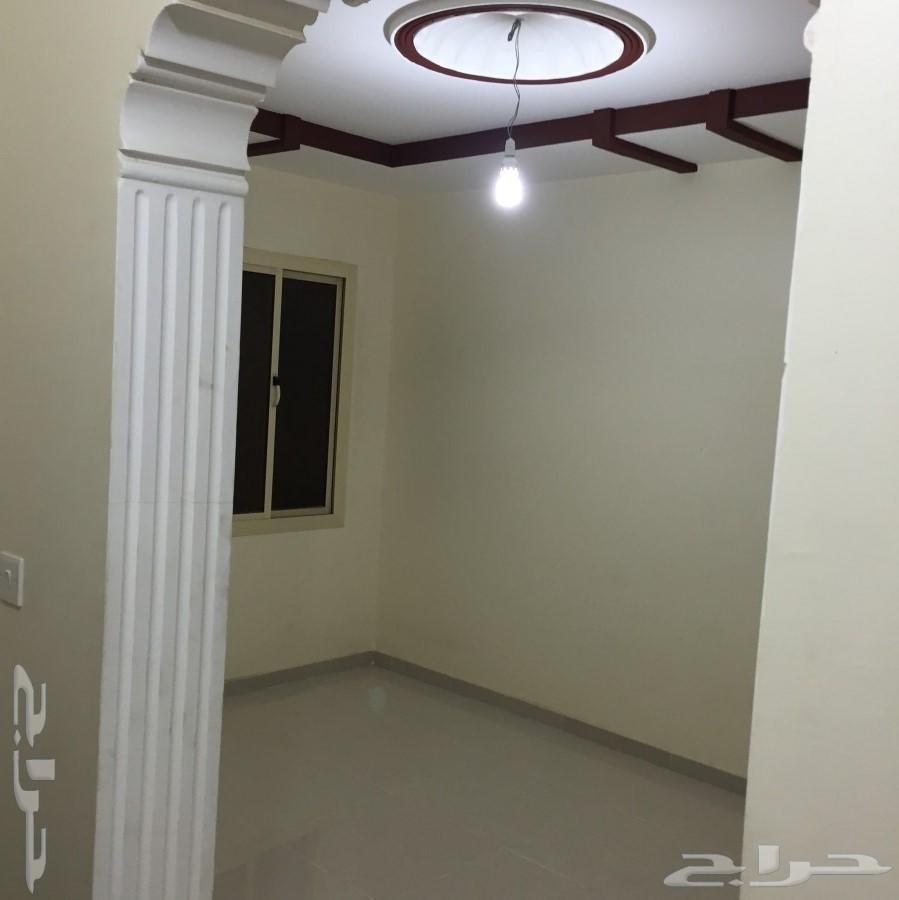 شقق عزاب للايجار بحي الاجاويد و السنابل