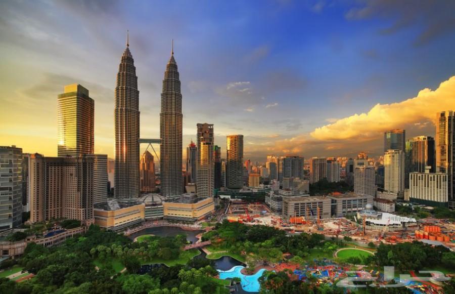 بكج سياحي عائلي بماليزيا لمده 10 ايام 3 افراد