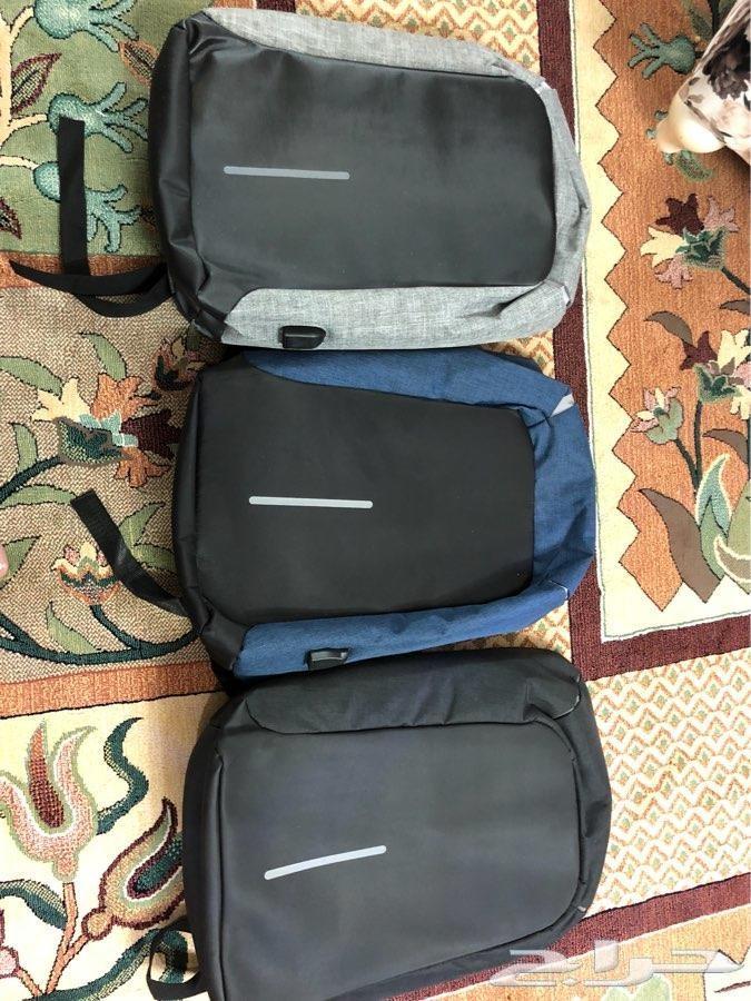 حقيبة الظهر ضد السرقه مع مدخل لشحن الجوال.