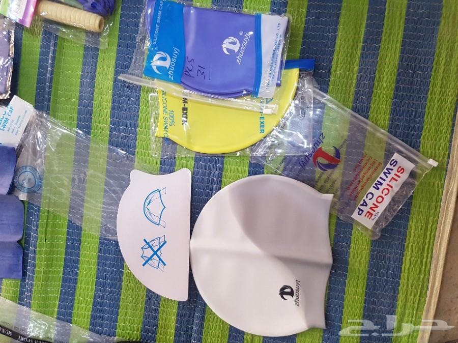أغراض سباحة للبيع سدادات أنف ونظارات