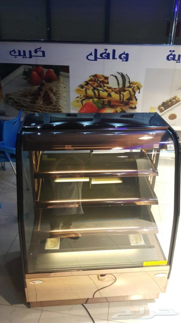 ثلاجة عرض ( سخان ) للبيتزا والفطائر