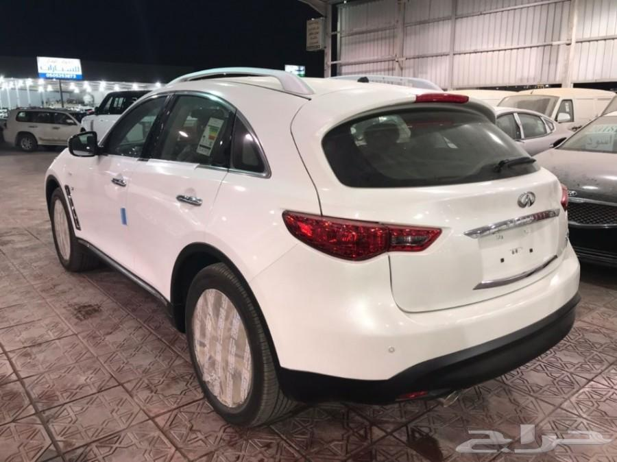 انفينتي QX 70 موديل 2017 ابيض - معرض سما فرع2