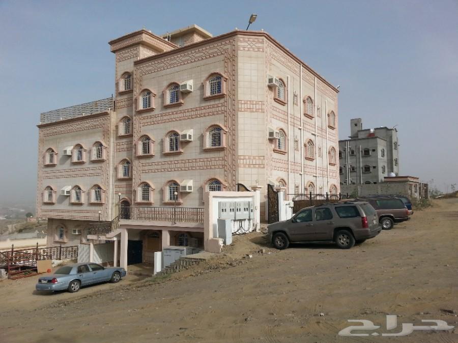 عماره بناء شخصي 3 ادوار وملحق وشقة بالبدروم