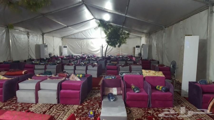 متخصصون في اعمال تجهيز مخيمات الحجاج بالمشاعر