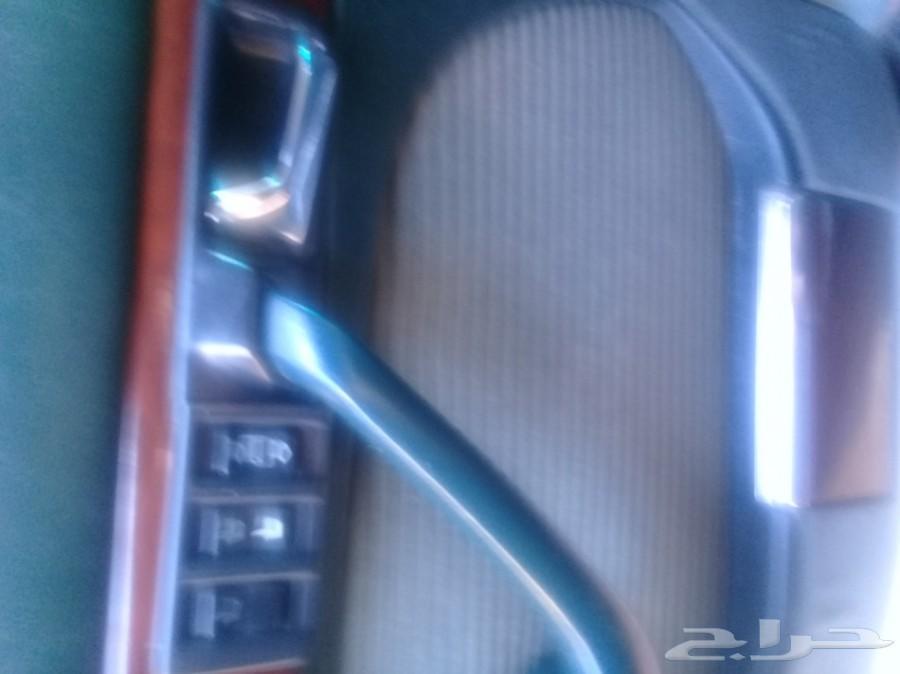 مرسيدس بنز 560 للبيع