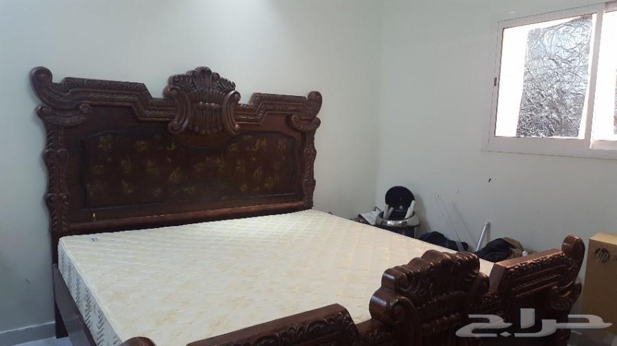 سرير للبيع بالرياض