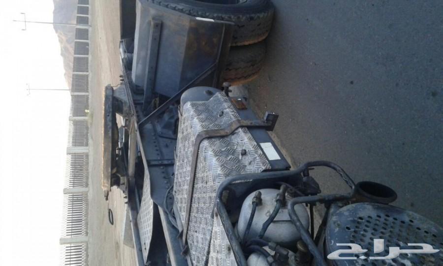 رأس فولفو نظيف F12 للبيع او للايجار
