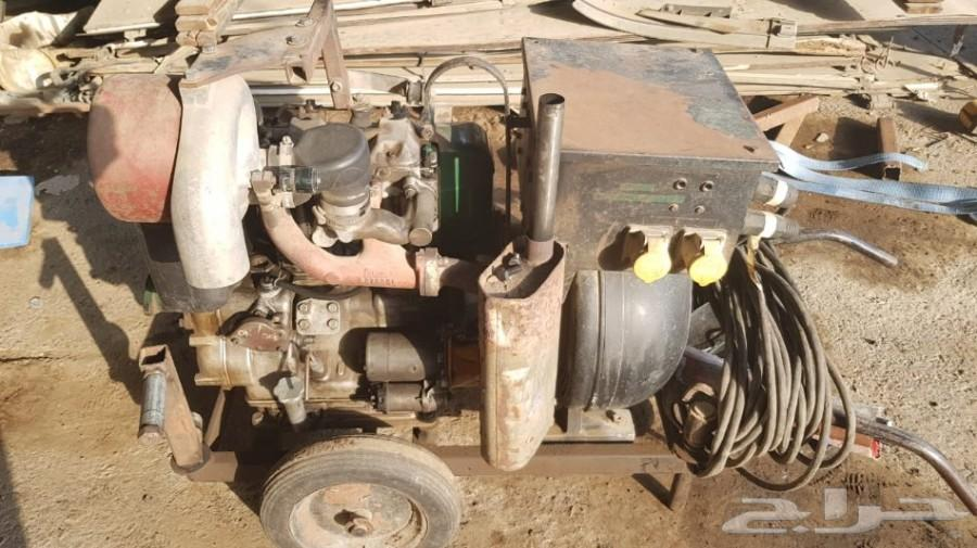 عدد 6 مكاين لحام تعمل بمولد كهرباء ديزل