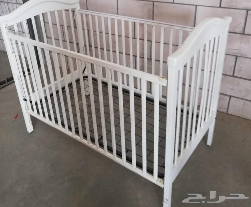 »  سرير اطفال للبيع ابيض