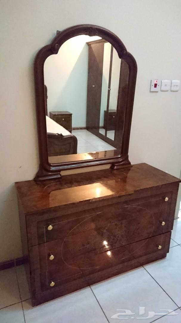 »  غرفة نوم نضيفة مع مرتبة و فرش سرير ب 500 فقط