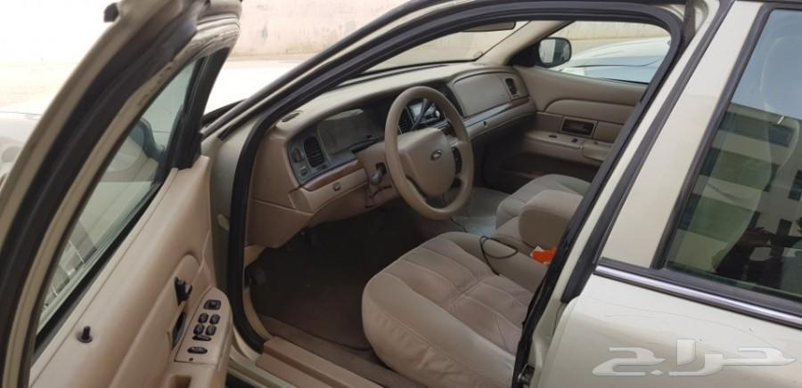 Ford Crown Victoria 2005