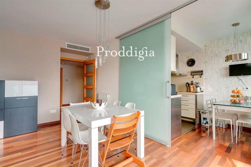 Espectacular piso de 3 habitaciones con terraza de 10m² en Volpelleres