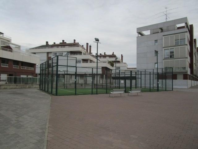 -eu-west-1.amazonaws.com/mobilia/Portals/inmoatrio/Images/1176/2328984