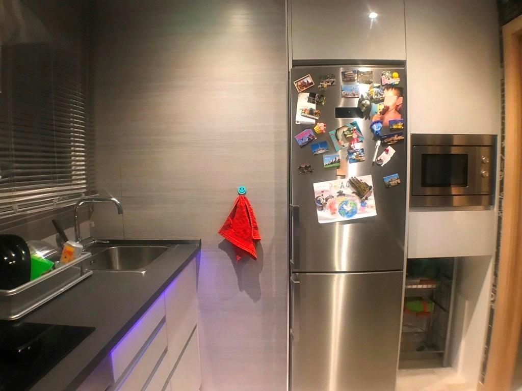 -eu-west-1.amazonaws.com/mobilia/Portals/inmoatrio/Images/1406/2530415