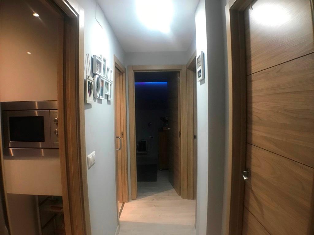-eu-west-1.amazonaws.com/mobilia/Portals/inmoatrio/Images/1406/2530421