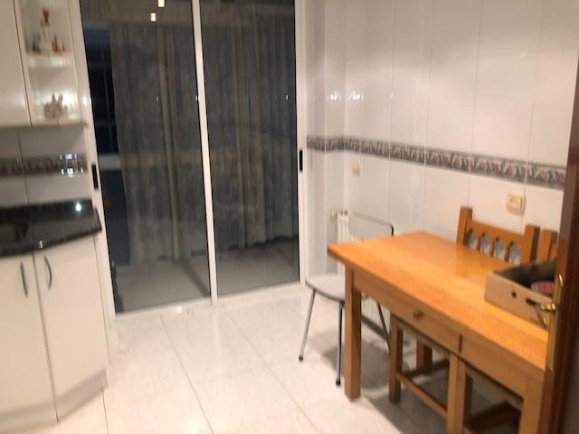 -eu-west-1.amazonaws.com/mobilia/Portals/inmoatrio/Images/2141/3963327