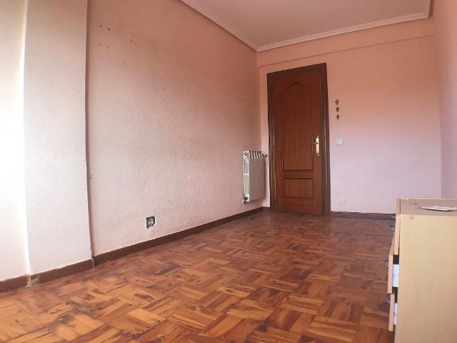 -eu-west-1.amazonaws.com/mobilia/Portals/inmoatrio/Images/3615/2214374