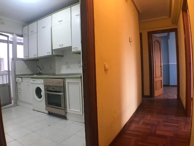 -eu-west-1.amazonaws.com/mobilia/Portals/inmoatrio/Images/3615/2214385