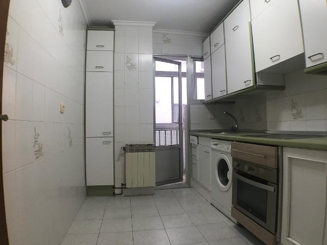 -eu-west-1.amazonaws.com/mobilia/Portals/inmoatrio/Images/3615/2214387