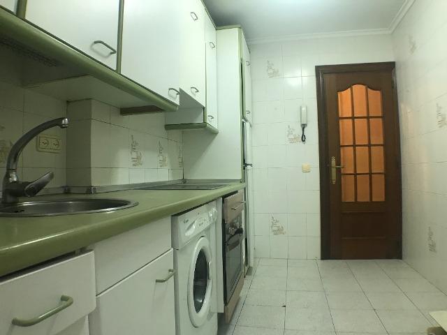 -eu-west-1.amazonaws.com/mobilia/Portals/inmoatrio/Images/3615/2214388