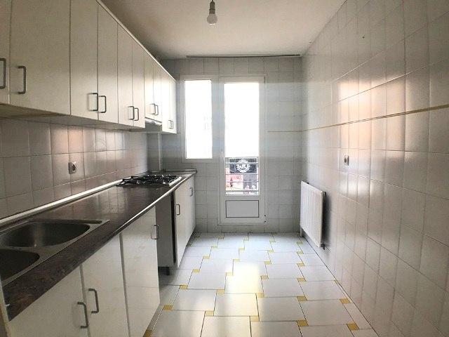 -eu-west-1.amazonaws.com/mobilia/Portals/inmoatrio/Images/3621/2214520