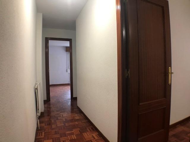 -eu-west-1.amazonaws.com/mobilia/Portals/inmoatrio/Images/3621/2214525