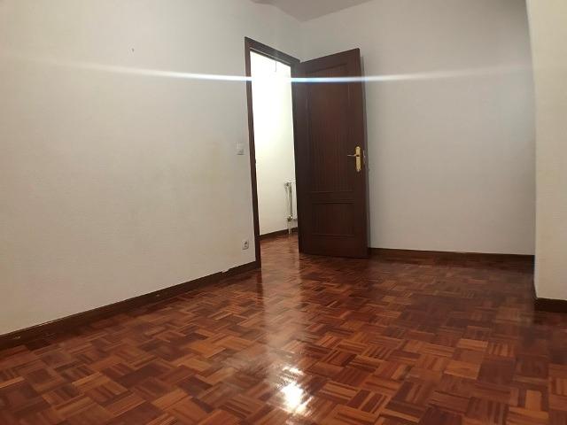 -eu-west-1.amazonaws.com/mobilia/Portals/inmoatrio/Images/3621/2214528