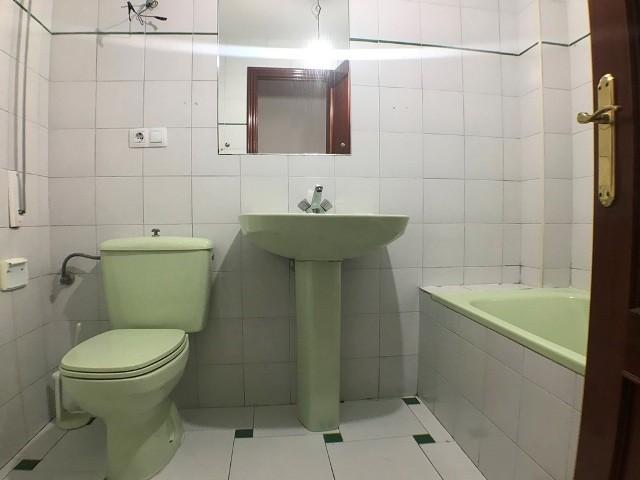 -eu-west-1.amazonaws.com/mobilia/Portals/inmoatrio/Images/3621/2214536