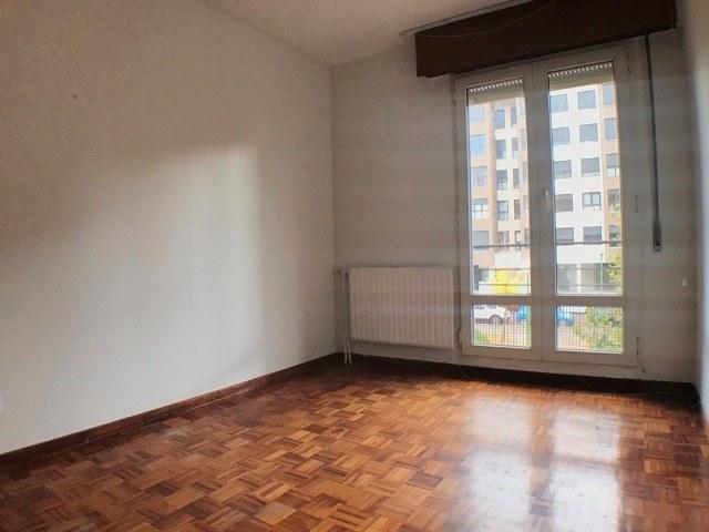 -eu-west-1.amazonaws.com/mobilia/Portals/inmoatrio/Images/3621/2214537