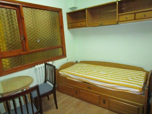 -eu-west-1.amazonaws.com/mobilia/Portals/inmoatrio/Images/3625/2214594