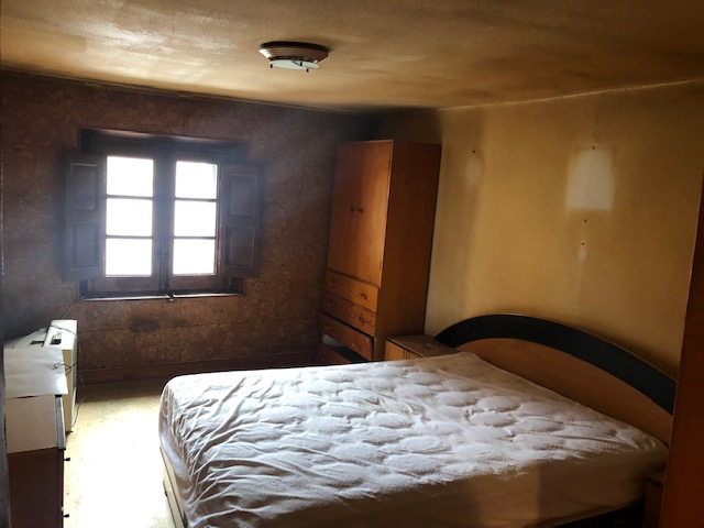 -eu-west-1.amazonaws.com/mobilia/Portals/inmoatrio/Images/3633/2214764