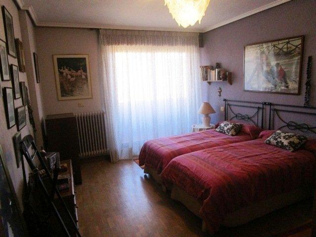 -eu-west-1.amazonaws.com/mobilia/Portals/inmoatrio/Images/3639/2214940