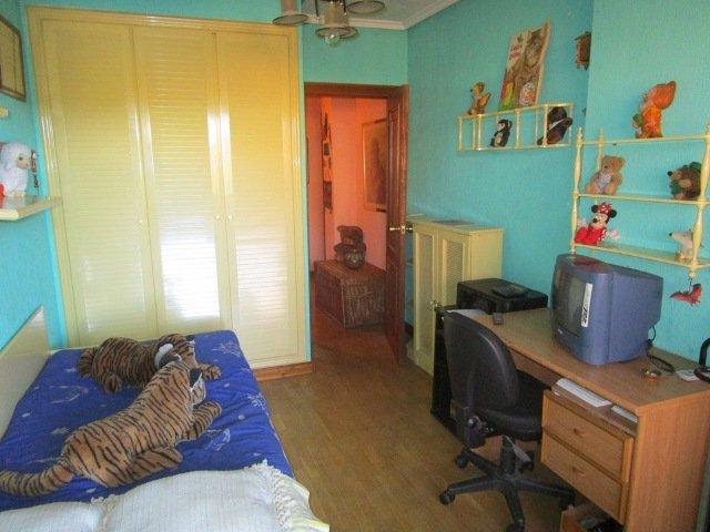 -eu-west-1.amazonaws.com/mobilia/Portals/inmoatrio/Images/3639/2214943