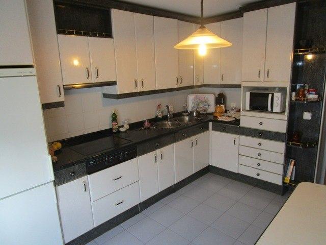 -eu-west-1.amazonaws.com/mobilia/Portals/inmoatrio/Images/3647/2215085