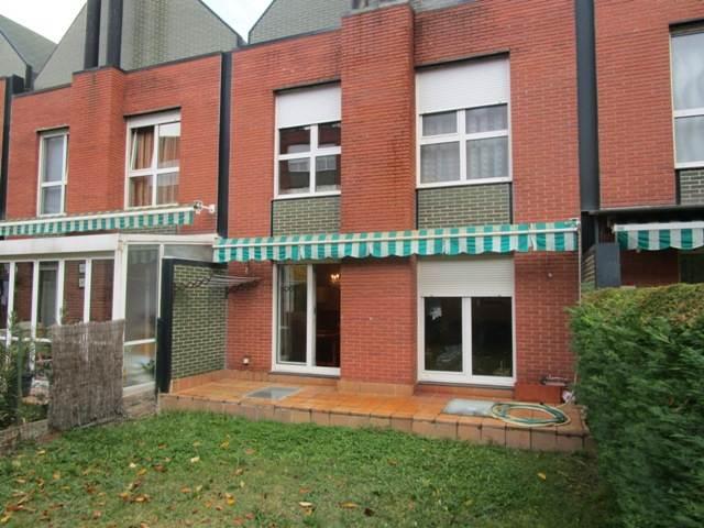 -eu-west-1.amazonaws.com/mobilia/Portals/inmoatrio/Images/3647/2215087
