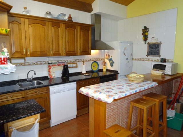 -eu-west-1.amazonaws.com/mobilia/Portals/inmoatrio/Images/3659/2215312