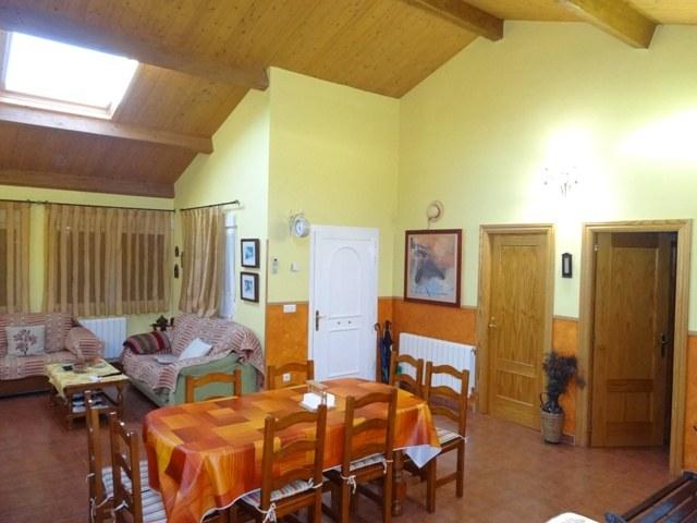 -eu-west-1.amazonaws.com/mobilia/Portals/inmoatrio/Images/3659/2215317