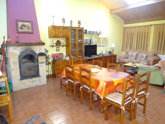 -eu-west-1.amazonaws.com/mobilia/Portals/inmoatrio/Images/3659/2215318
