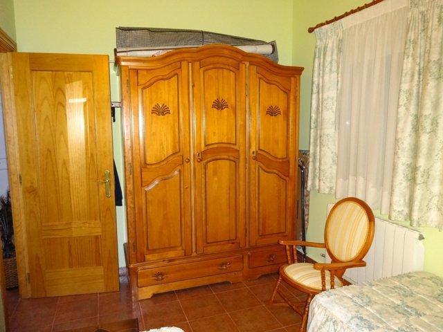 -eu-west-1.amazonaws.com/mobilia/Portals/inmoatrio/Images/3659/2215323