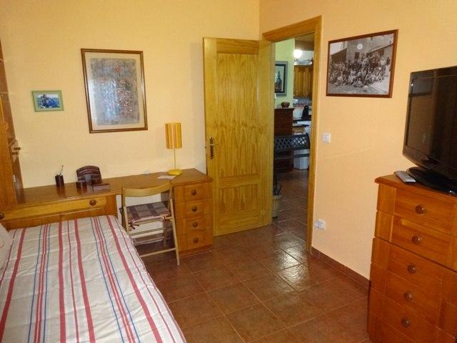 -eu-west-1.amazonaws.com/mobilia/Portals/inmoatrio/Images/3659/2215328