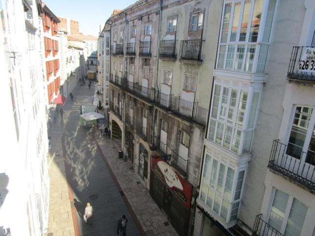 -eu-west-1.amazonaws.com/mobilia/Portals/inmoatrio/Images/3666/2215485