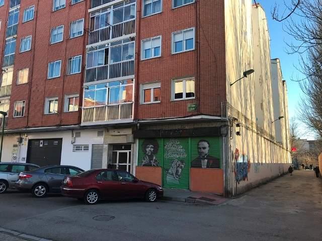 -eu-west-1.amazonaws.com/mobilia/Portals/inmoatrio/Images/3720/2216627