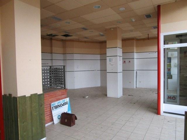 -eu-west-1.amazonaws.com/mobilia/Portals/inmoatrio/Images/3724/2216710