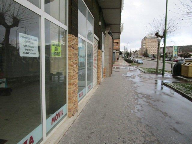 -eu-west-1.amazonaws.com/mobilia/Portals/inmoatrio/Images/3724/2216717