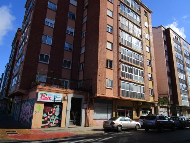 -eu-west-1.amazonaws.com/mobilia/Portals/inmoatrio/Images/3727/2216762