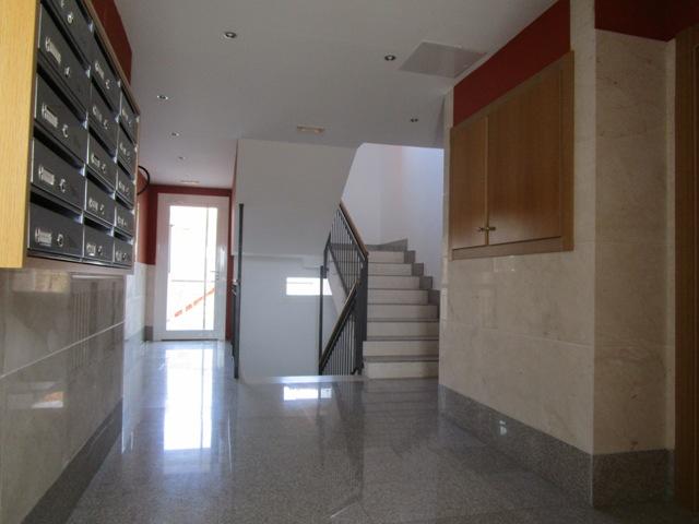 -eu-west-1.amazonaws.com/mobilia/Portals/inmoatrio/Images/3781/2217783